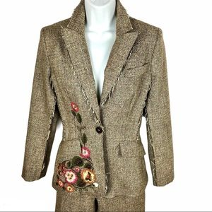 Embroidered boho floral tweed pant suit